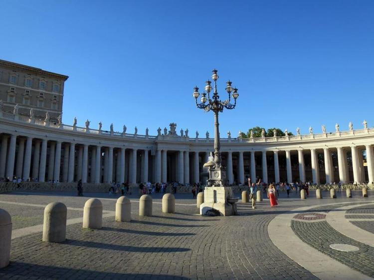 Halaman Luas Basilika Santo Petrus
